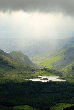 Mountain lake at Nant Gwynant, Wales