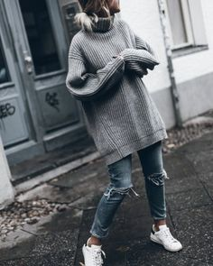 Awesome Outfit Ideas On How To Wear Sweaters - Trend Kleidung Fashion Mode, Look Fashion, Winter Fashion, Fashion Outfits, Fashion Trends, Winter Outfits, Casual Outfits, Cute Outfits, Mantel Outfit