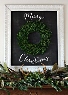 Picture Frame Wreath Merry Christmas. Awesome Idea