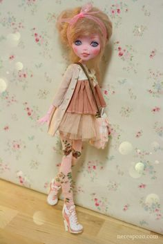 Becky Rose - OOAK Draculaura custom repaint Monster High doll by Nerea Pozo