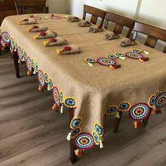 Crochet Round, Crochet Home, Diy Crochet, Modern Lunch Boxes, Crochet Projects To Sell, Small Blankets, Crochet Decoration, Elephant Pattern, Napkin Folding