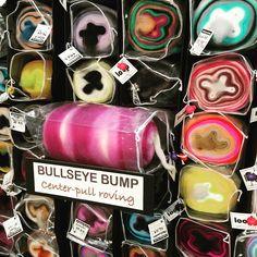 "Steph Gorin on Instagram: ""Brand New Bullseye Bumps! MDSW 2019. ❤️ #loopfiberstudio #bullseyebump #spinnersofinstagram #spinstagram #mdsw #mdsw2019…"" Drop Spindle, Creative Textiles, Bump, Fiber Art, Spinning, Instagram, Ideas, Hand Spinning, String Art"