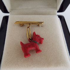 Your place to buy and sell all things handmade Vintage Art, Vintage Items, Australian Vintage, Art Deco, Shops, Scottie Dog, Vintage Jewellery, Brooch Pin, Dangles