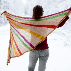 Ravelry: Divergence pattern by Christelle Nihoul - This shawl has a fan shaping obtained by asymmetrical increases along the edges and German Short Rows