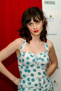 miss zooey deschanel!!!! YUMMY!! :)