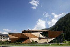 Siège de Perathoner par Bergmeister Wolf Architecture - Journal du Design
