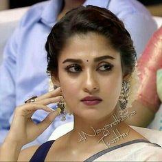 Nayantara everything abt her 🤩 South Indian Wedding Hairstyles, Bridal Hairstyle Indian Wedding, Bridal Hair Buns, Bridal Hairdo, Indian Hairstyles, Nayanthara Hairstyle, Saree Hairstyles, Bride Hairstyles, Beautiful Girl Indian