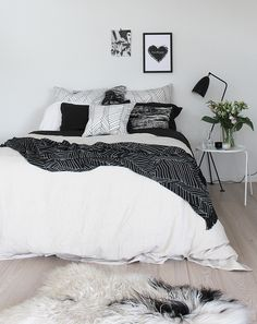 this looks so cozy bedroom decor posters comfy bed home inspiration house living space room scandinavian nordic inviting style comfy mithis looks so cozy bedroom. Monochrome Bedroom, White Bedroom Design, White Bedroom Furniture, Blue Bedroom, Teen Bedroom, Bedroom Designs, Bedroom Suites, Master Bedroom, Black White And Grey Bedroom