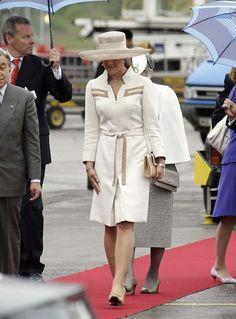 Getingbetyg: Victorias stilresa – från tant till drottning | Kungligt | Expressen