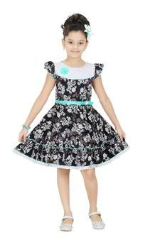 Cotton Frocks Online Shopping for girls at Low Prices Cotton Frocks For Girls, Kids Frocks, Cotton Dresses, Girls Party Wear, Online Shopping For Women, Black Cotton, Kids Girls, Girl Outfits, Girls Dresses