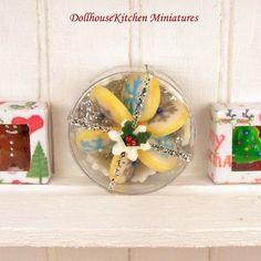Snowflake Cookies - Dollhouse Miniature Food Handmade