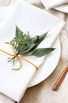 DIY: Simple Thanksgiving Place Setting