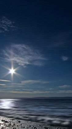 Shining Moon Over Sea #iPhone #5s #wallpaper