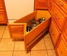 These drawers were made as part of a major kitchen re-construction about 6 years ago. Today they are as good as ever so I thought others might like t...