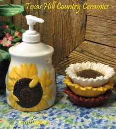 Sunflower Kitchen Stuff | Countryside Sunflower Lotion or Soap Pump by TexasCeramics on Etsy