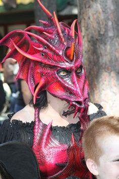 Very realistic dragon mask, very fierce, but not that pretty