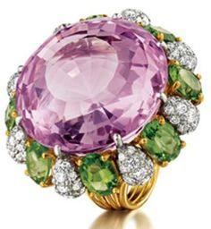 Verdura Raja Ring.                    Round faceted kunzite, peridot, platinum, diamond and 18k yellow gold.