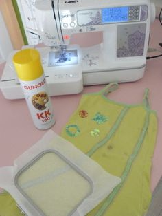 TEST BRODERIE MACHINE .... #1# - Les Bidouilles de Bricoleuse Sewing Hacks, Sewing Tips, Embroidery Designs, Point, Jeans, Garden, Vintage, Machine Embroidery, Knits