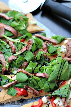 Homemade Pizza with Steak, Arugula, & Balsamic Reduction - Joyful Healthy Eats Recipes - Pizza Recipes Healthy Pizza Dough, Healthy Pizza Recipes, Fast Healthy Meals, Healthy Appetizers, Clean Eating Recipes, Pork Recipes, Healthy Cooking, Whole Food Recipes, Vegetarian Recipes