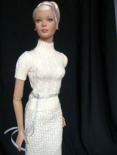 #new2 dollduels.com #dollchat ^kv Tyler Wentworth: Manhattan Nights Tyler wearing Winter Whisper