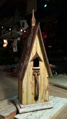 ~ Late 1800s Beaded Board with a Barn Door Handle for a Perch ~ by Jefferson Garvey, Recycling is for the Birds Barn Door Handles, Bird House Feeder, Bird Feeders, Birdhouse Designs, Bird Houses Diy, Butterfly House, Casette, Bird Boxes, Crazy Bird