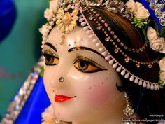 http://harekrishnawallpapers.com/sri-radha-close-up-iskcon-philippines-wallpaper-001/