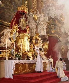 "Képtalálat a következőre: ""latin mass"" Catholic Altar, Catholic Mass, Roman Catholic, Catholic Churches, Religious Images, Religious Art, Catholic Daily, Religion, Sacred Art"