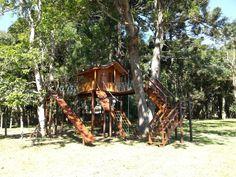 Construções dão charme extra ao jardim e proporcionam momentos lúdicos de lazer para os filhos