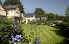 Lunnon Farm Cottage, Vowchurch, Hereford, Herefordshire, England. Self Catering. Accepts Dogs & Small Pets. #WeAcceptPets. PetFriendly. Holiday. Travel. Walks. Day Out. Dog Friendly.