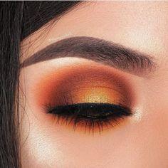 Eyeshadow Looks warm orange eye makeup glam fall warme orange Augen Make-up glam fallen Glam Makeup, Fall Eye Makeup, Fall Makeup Looks, Eye Makeup Art, Cute Makeup, Smokey Eye Makeup, Gorgeous Makeup, Skin Makeup, Makeup Inspo