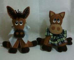 Burrinho e cavalo