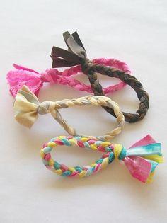 Hair Tie Bracelet, Tassel Bracelet, Beaded Bracelets, Bracelet Set, Elastic Ribbon, Elastic Hair Ties, Disney Diy Crafts, Crown Crafts, Handcrafted Jewelry
