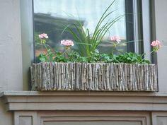 jardiniere bois-pierre-accrochage-fenetre