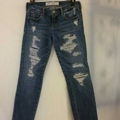 HOLLISTER distressed  jeans size 3 Straight leg distressed  jeans. The distressed areas have material inside to reinforce. On trend and wish I could still wear them. Hollister  Jeans Straight Leg