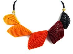 Collier Necklace Leaves Macrame Orange Red Thai by ValaddaJewelry