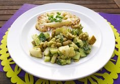 Recept: Bloemkoolsteaks met groene salade | How about healthy?