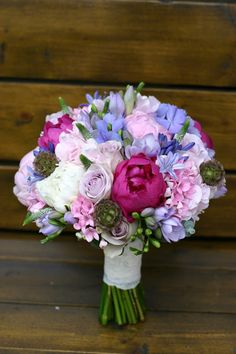 Flowers of Soul: Buchete de mireasa, nasa si cununie civila Floral Wedding, Wedding Colors, Wedding Flowers, Wedding Day, Bride Bouquets, Floral Bouquets, Love Flowers, Bridal Style, Floral Arrangements