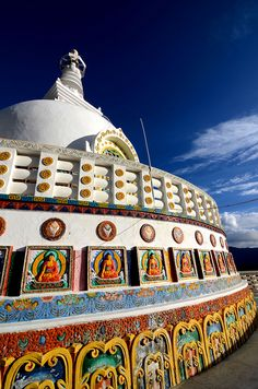 Go on a quest of inner peace at Shanti Stupa  that also treats you to spectacular views of Leh!