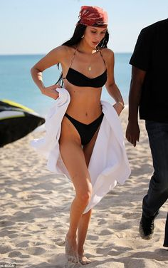Bella Hadid sizzles in a skimpy bikini with Kendall Jenner and Kourtney Kardashian in Miami Miami Outfits, Summer Outfits, Cute Outfits, Beach Outfits, Bella Hadid Outfits, Bella Gigi Hadid, Bella Hadid Style, Bikini Outfits, Monokini