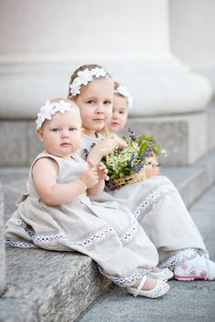 Rustic flower girls dresses - Weddings 3 flower girls dresses and headbands - Set of 3 linen dresses and flower headbands - Country weddings by PetitDeLin on Etsy https://www.etsy.com/listing/100315309/rustic-flower-girls-dresses-weddings-3