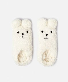 Kawaii fashion and accessories Chaussettes - OYSHO Cute Slippers, Cute Socks, Lingerie Latex, Classy Lingerie, Lingerie Sets, Pyjamas, Bootie Socks, Cozy Fall Outfits, Fluffy Socks
