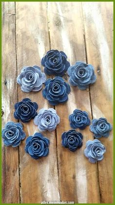 Denim Flower Denim Rose Burlap and Denim Flower Country Wedding Flower Cake . - Denim Flower Denim Rose Burlap and Denim Flower Country Wedding Flower Cake Decorations DIY Hair Ac - Denim Flowers, Burlap Flowers, Felt Flowers, Fabric Flowers, Cloth Flowers, Flowers Wine, Organza Flowers, Jean Crafts, Denim Crafts