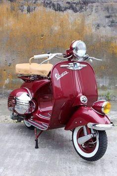 Scooter Girl Vespas 93