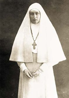 legrandcirque:    Grand Duchess Elizabeth Feodorovna as a nun after her husband's death, ca. 1909.