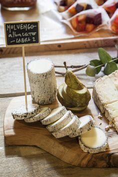 Tabla de quesos de la Quesería Conde Duque | Picniquette Banquetes Efímeros