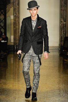 Moschino (Autumn - Winter 2012/2013, menswear, catwalk) - Milan Fashion Week - Autumn -Winter 2012/2013 (men) - Autumn -Winter 2012/2013 - Collections - All about fashion