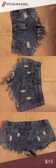 Acid washed jeans shorts Distressed acid washed shorts never worn lost tags Forever 21 Shorts Jean Shorts
