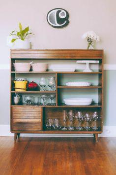 Like this little mid century shelf...