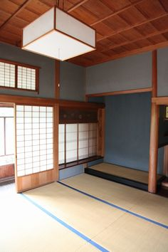 Would love this space in my dream home for yoga. Japanese Interior, Japanese Design, Japanese Style, Japanese Architecture, Interior Architecture, Yoga Spaces, Zen Interiors, Traditional Japanese House, Fukuoka