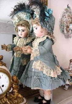 Free Sewing pattern Links for doll's clothing mostly historicalJumeau Bru